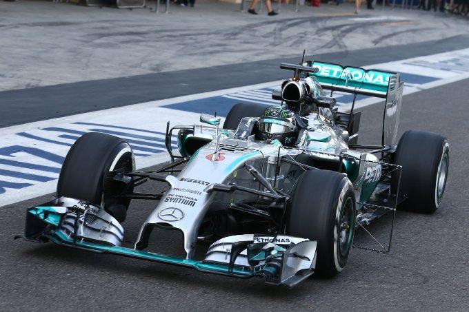 Formula 1 2016, tutti contro la Mercedes
